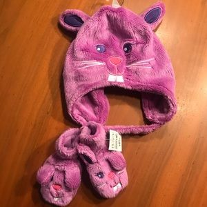 NWT Fuzzy 3-6 Months Bunny Hat and Mittens